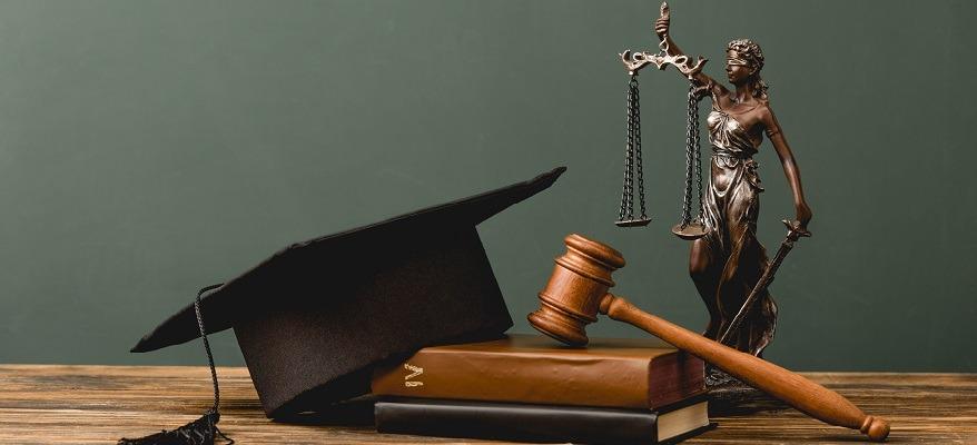 requisiti per il concorso di magistratura